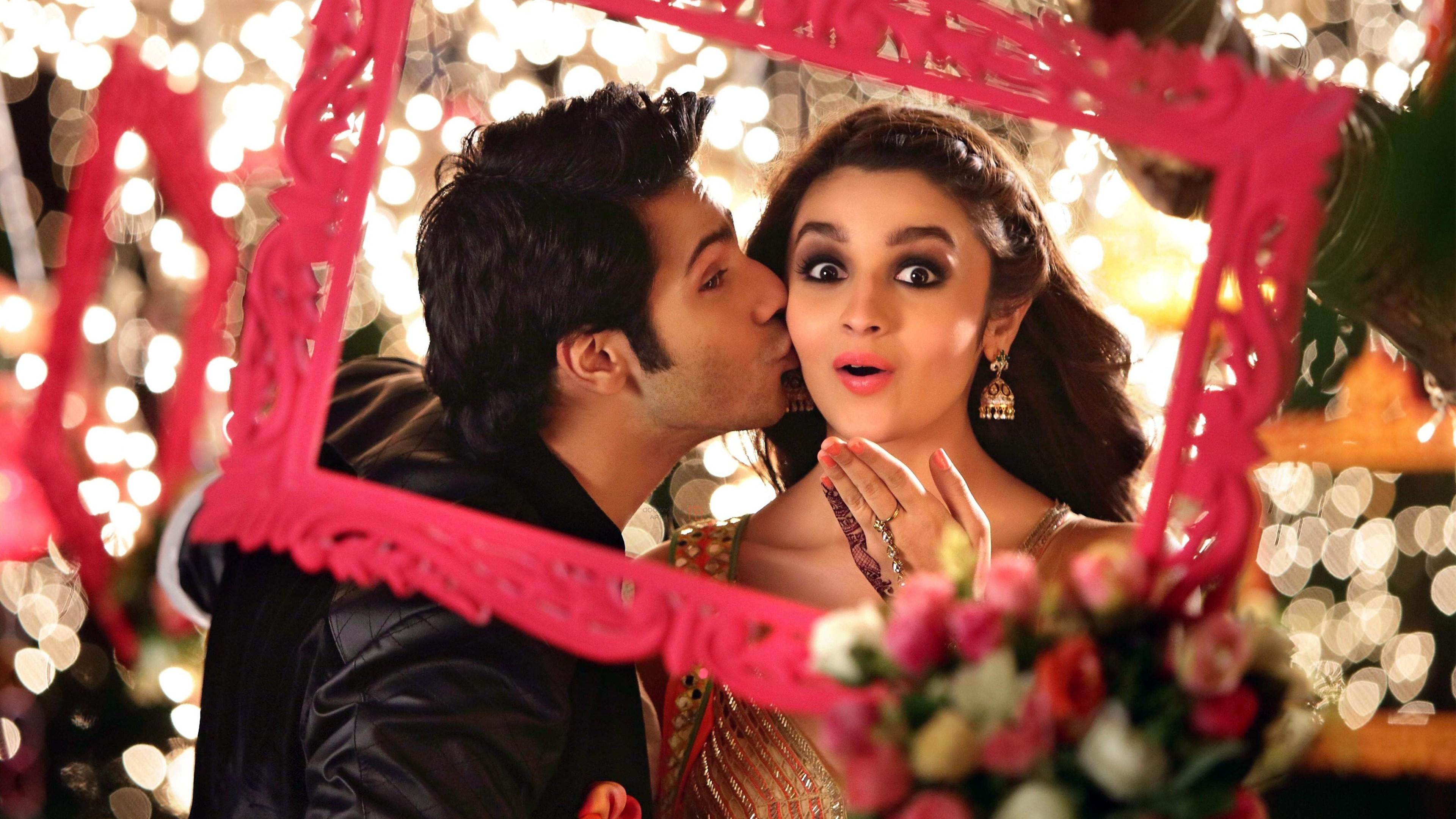 Alia Bhatt Kissing Varun Dhawan, HD Indian Celebrities, 4k