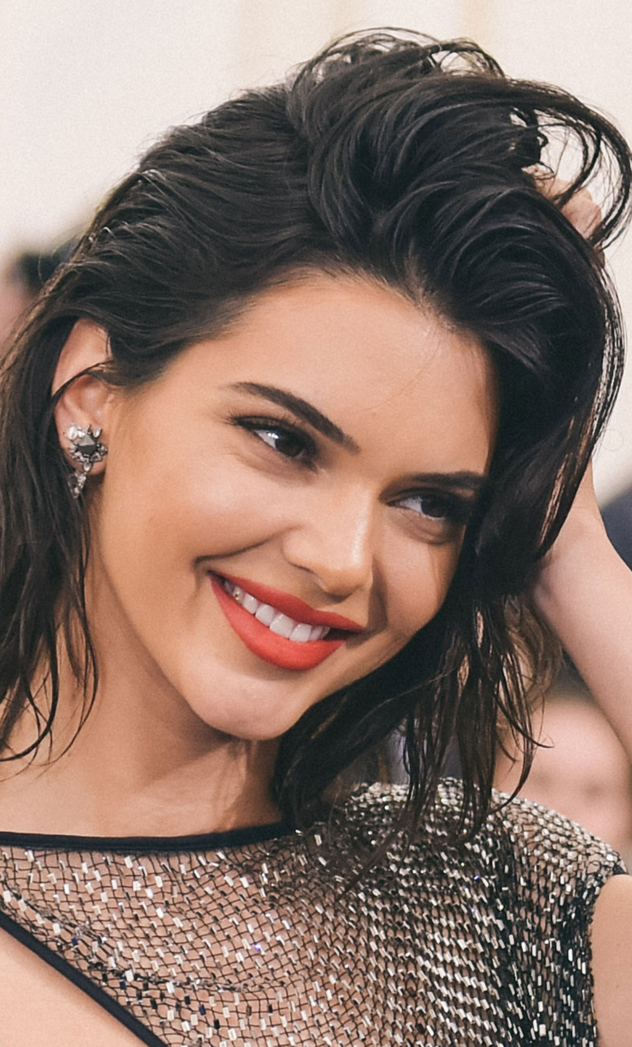 1280x2120 Kendall Jenner Cute Smile iPhone 6+ HD 4k ...