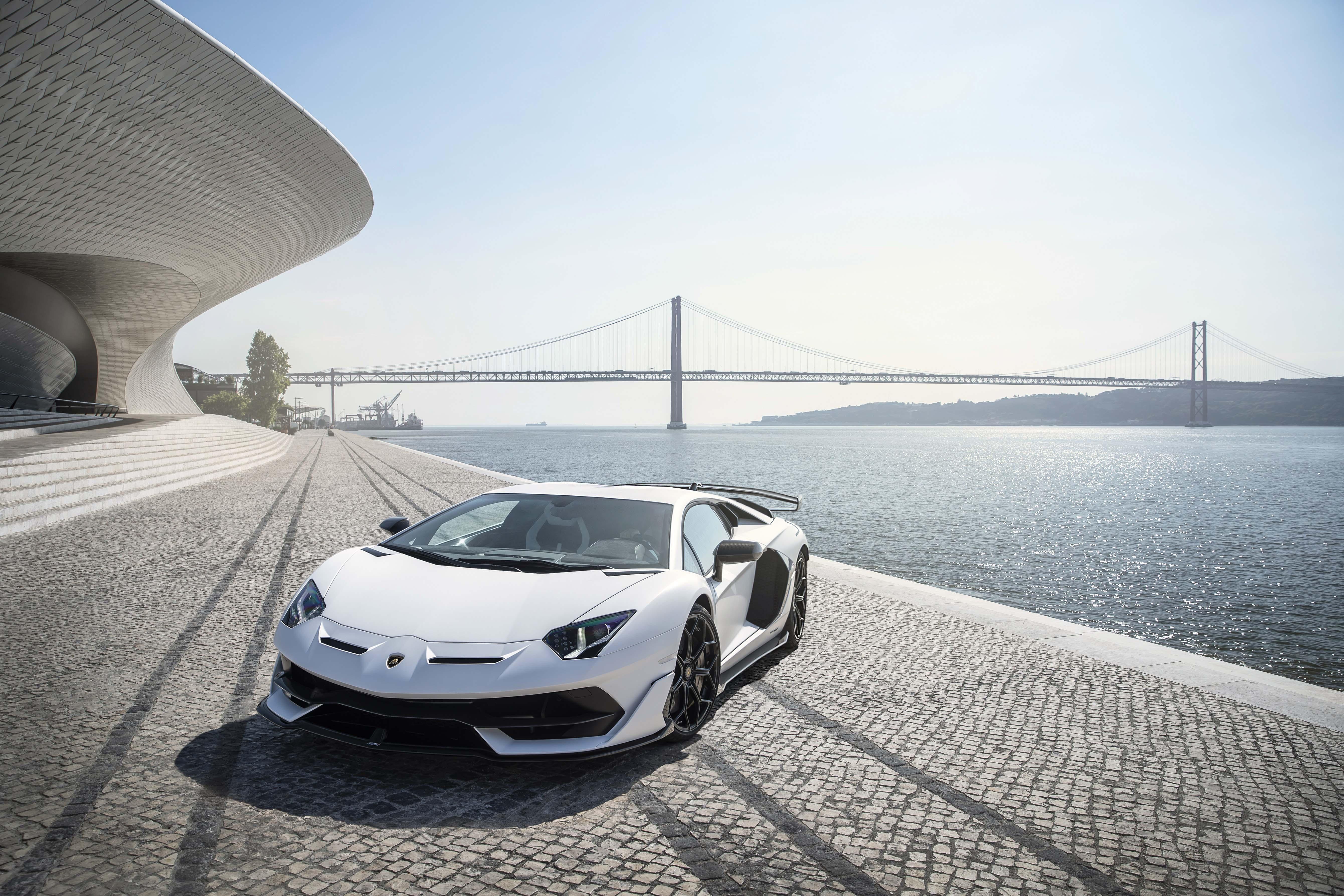 2048x2048 2018 Lamborghini Aventador Svj 4k Ipad Air Hd 4k