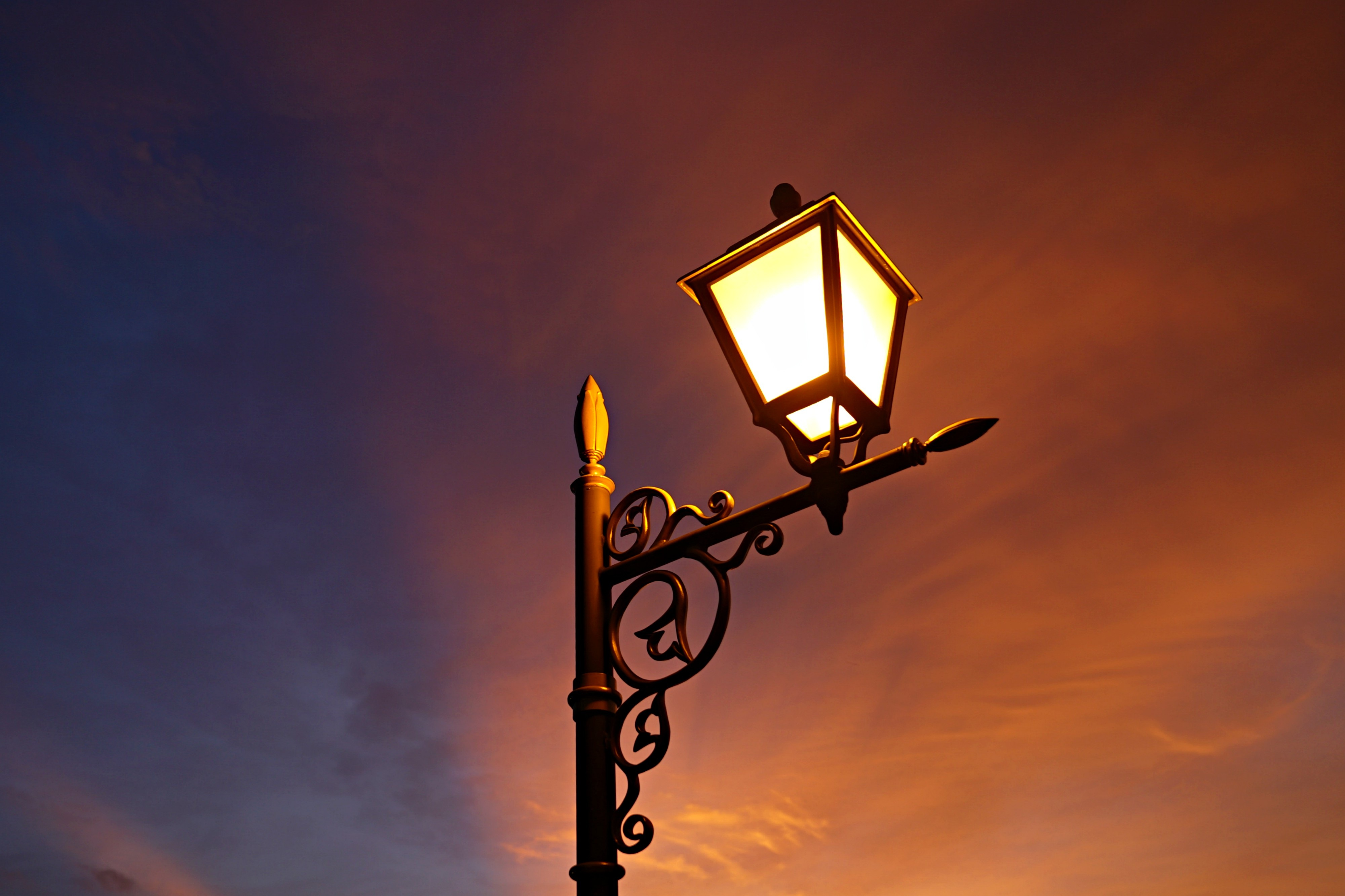 Lamp light 4k hd photography 4k wallpapers images backgrounds photos and pictures - Background images 4k hd ...