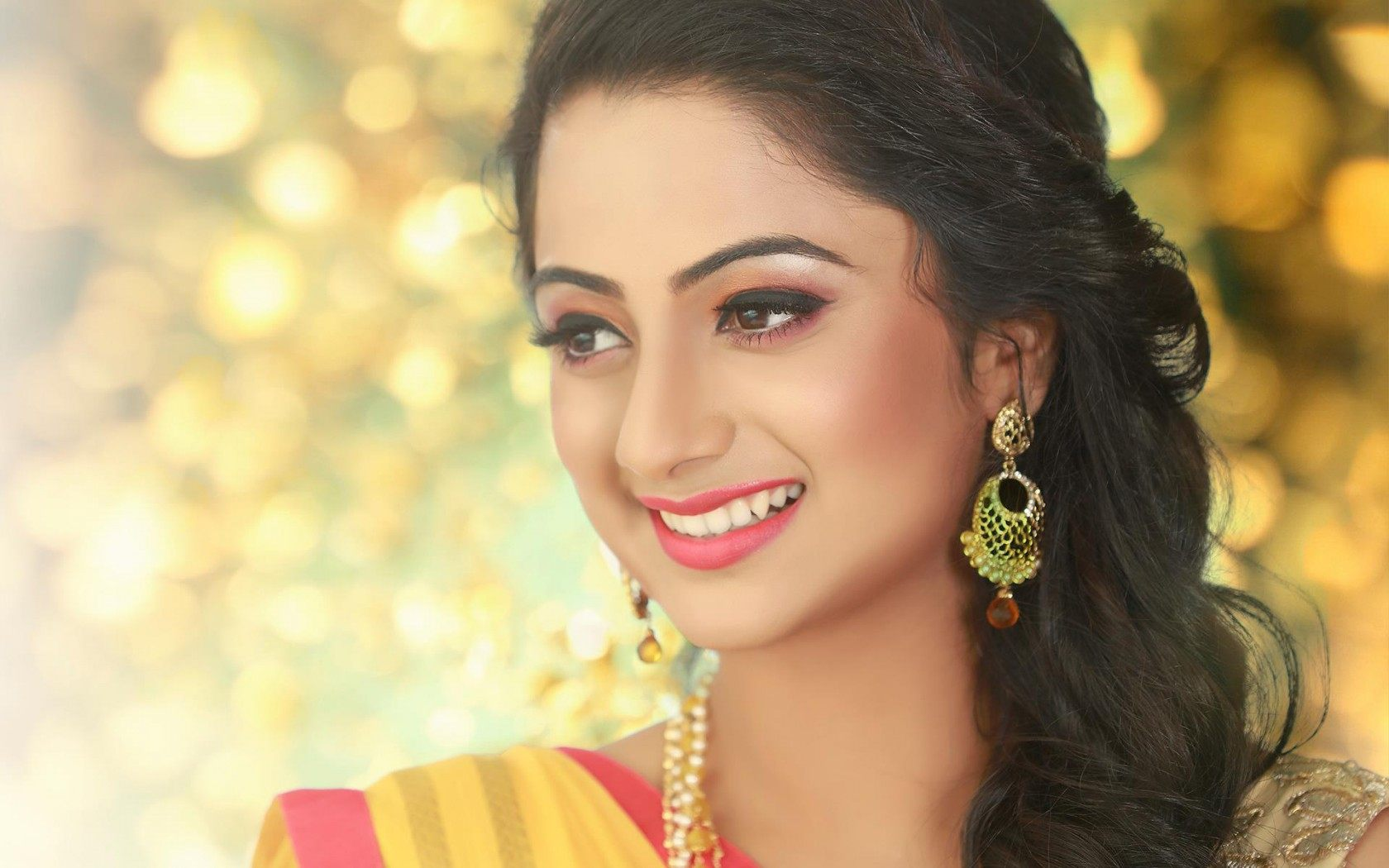 Namitha pramod hd indian celebrities 4k wallpapers images backgrounds photos and pictures - Hindi girl wallpaper download ...