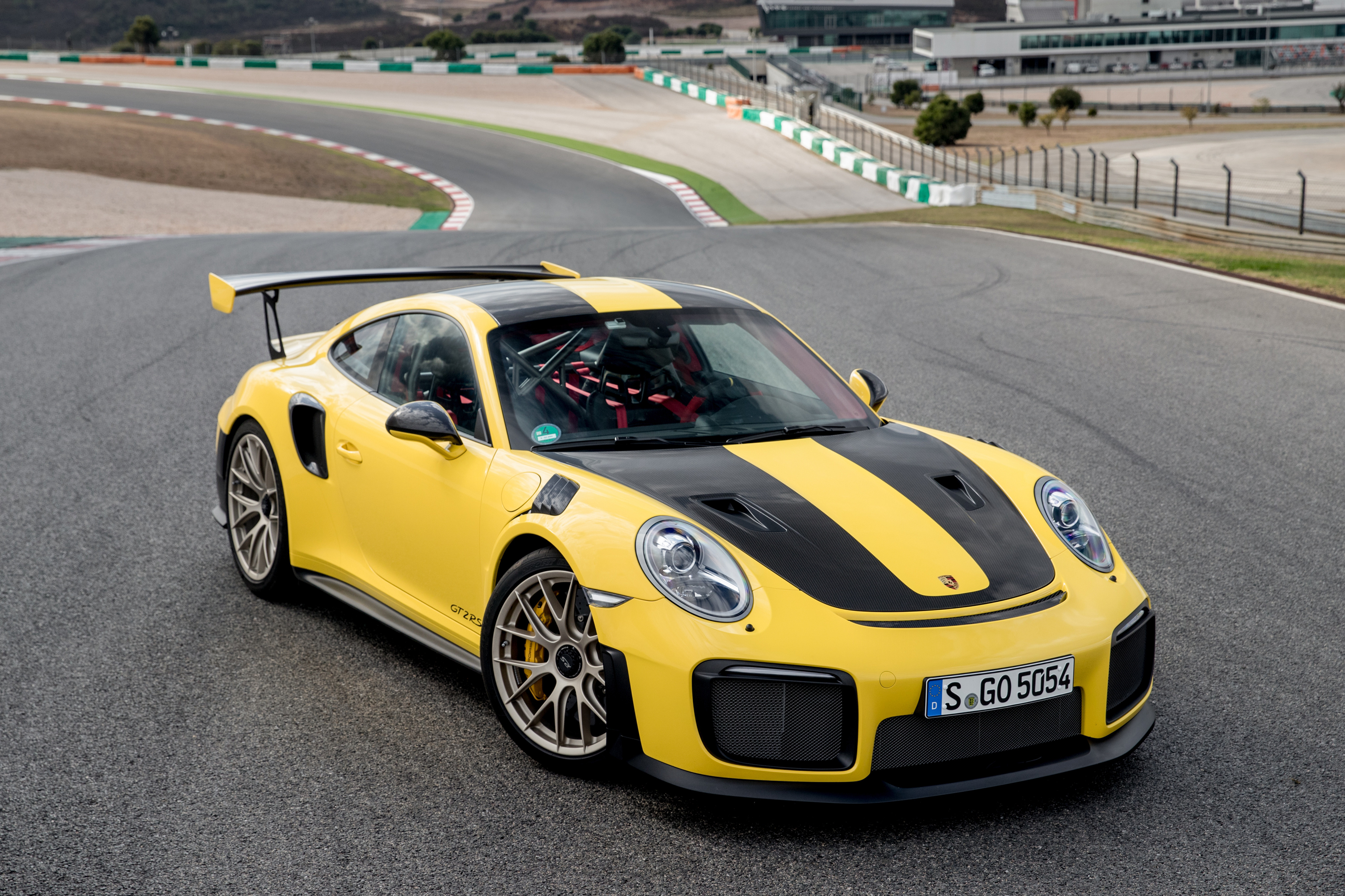 1920x1080 Porsche 911 GT2 RS Sports Laptop Full HD 1080P