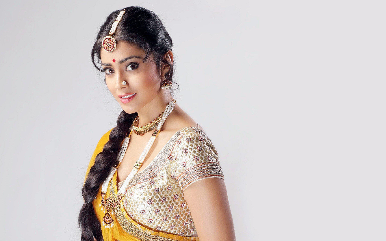 Shriya Saran High Resolution Images: 2560x1440 Shriya Saran 4 1440P Resolution HD 4k Wallpapers
