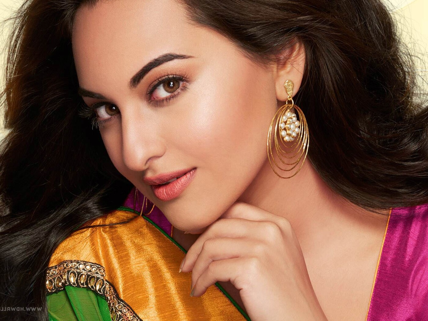 1400x1050 Sonakshi Sinha 7 1400x1050 Resolution HD 4k