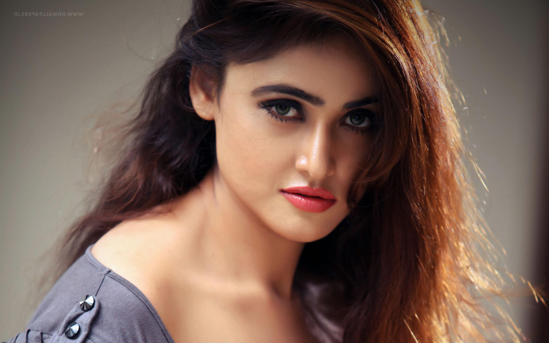 Wallpaper Sony Charishta Actress Hd Celebrities