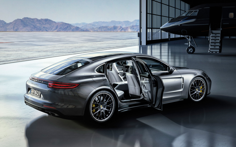 2017 Porsche Panamera Turbo Sd