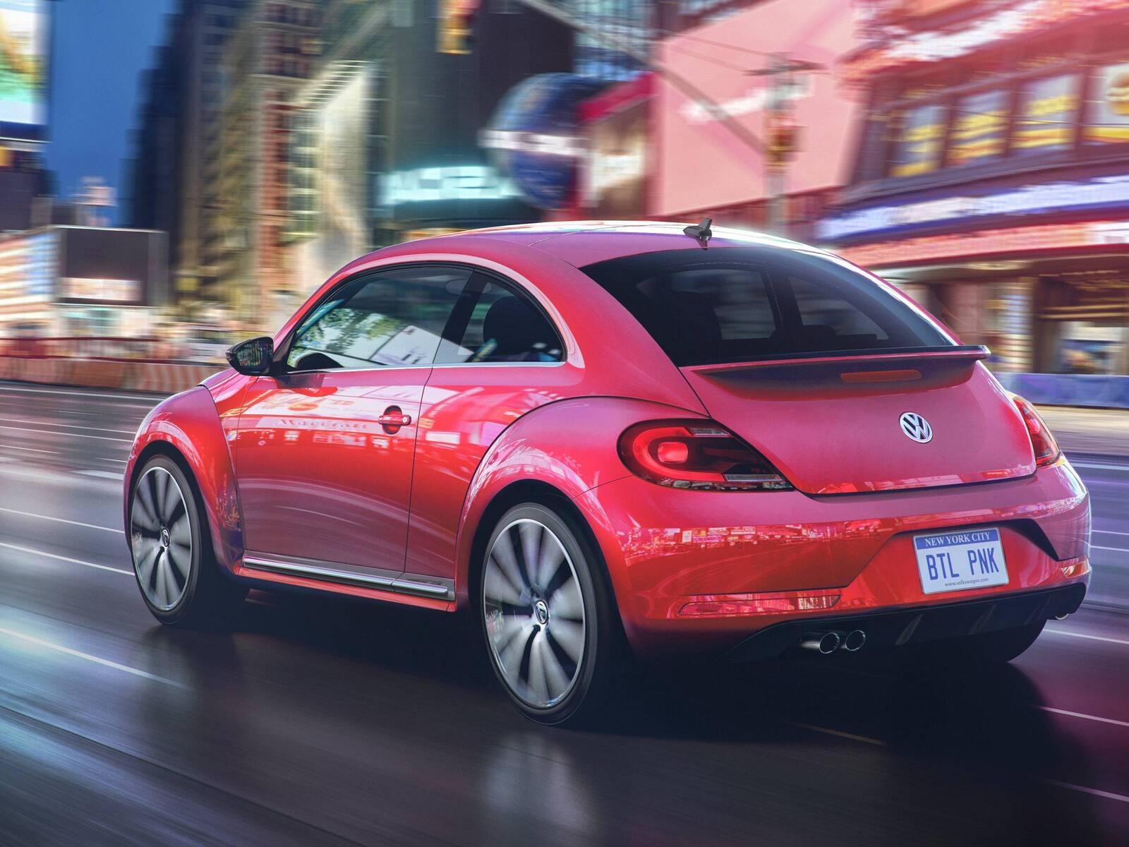 2017-volkswagen-pink-beetle-model-qhd.jpg