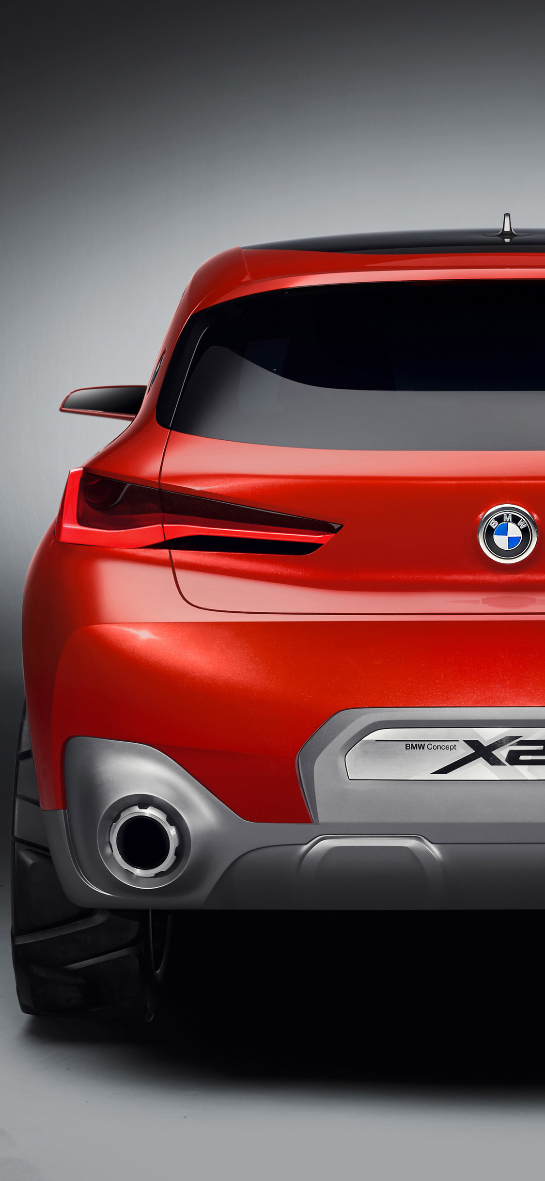 2018-bmw-x2-concept-car-rear-pic.jpg