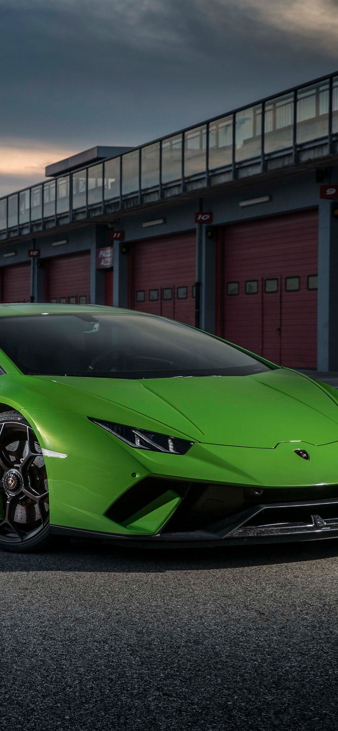 1125x2436 2018 Lamborghini Huracan Performante 4k Iphone Xs Iphone