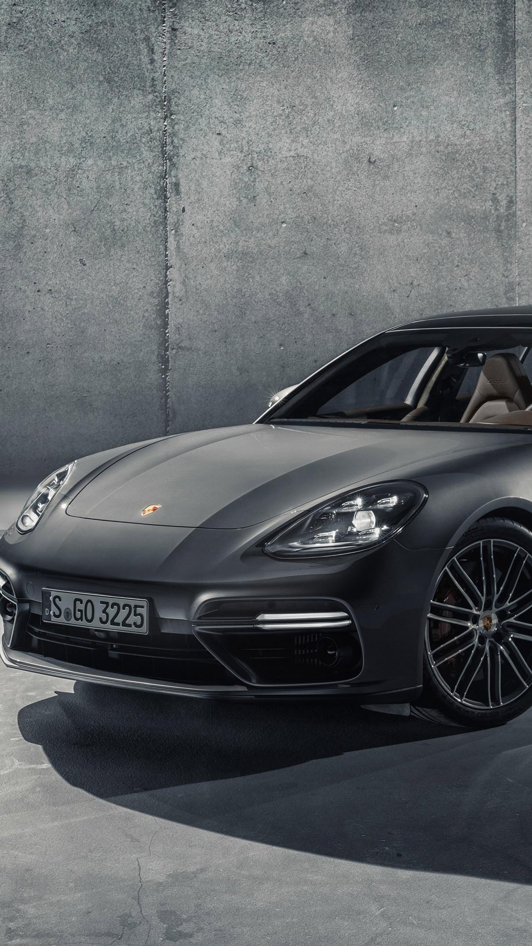 2018 Porsche Panamera Sport Turismo Pic