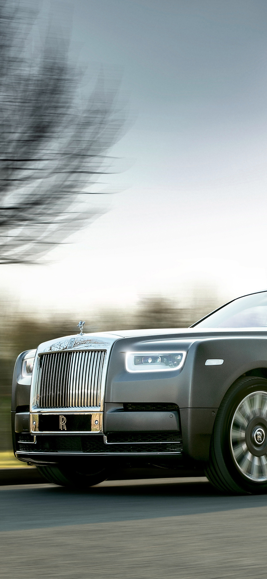 1125x2436 2018 Rolls Royce Phantom The Gentlemans Tourer Iphone Xs
