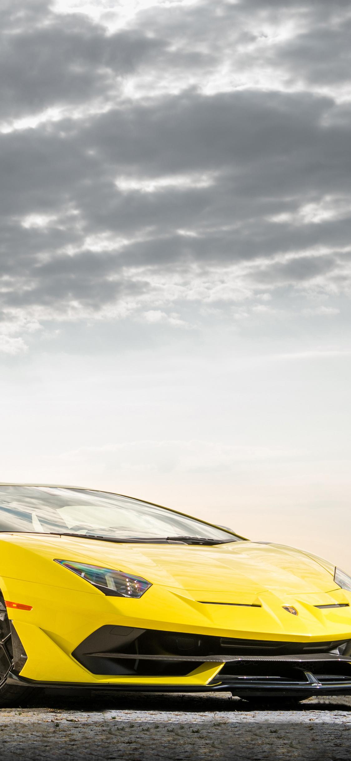1125x2436 2019 Lamborghini Aventador Svj Front Iphone Xs