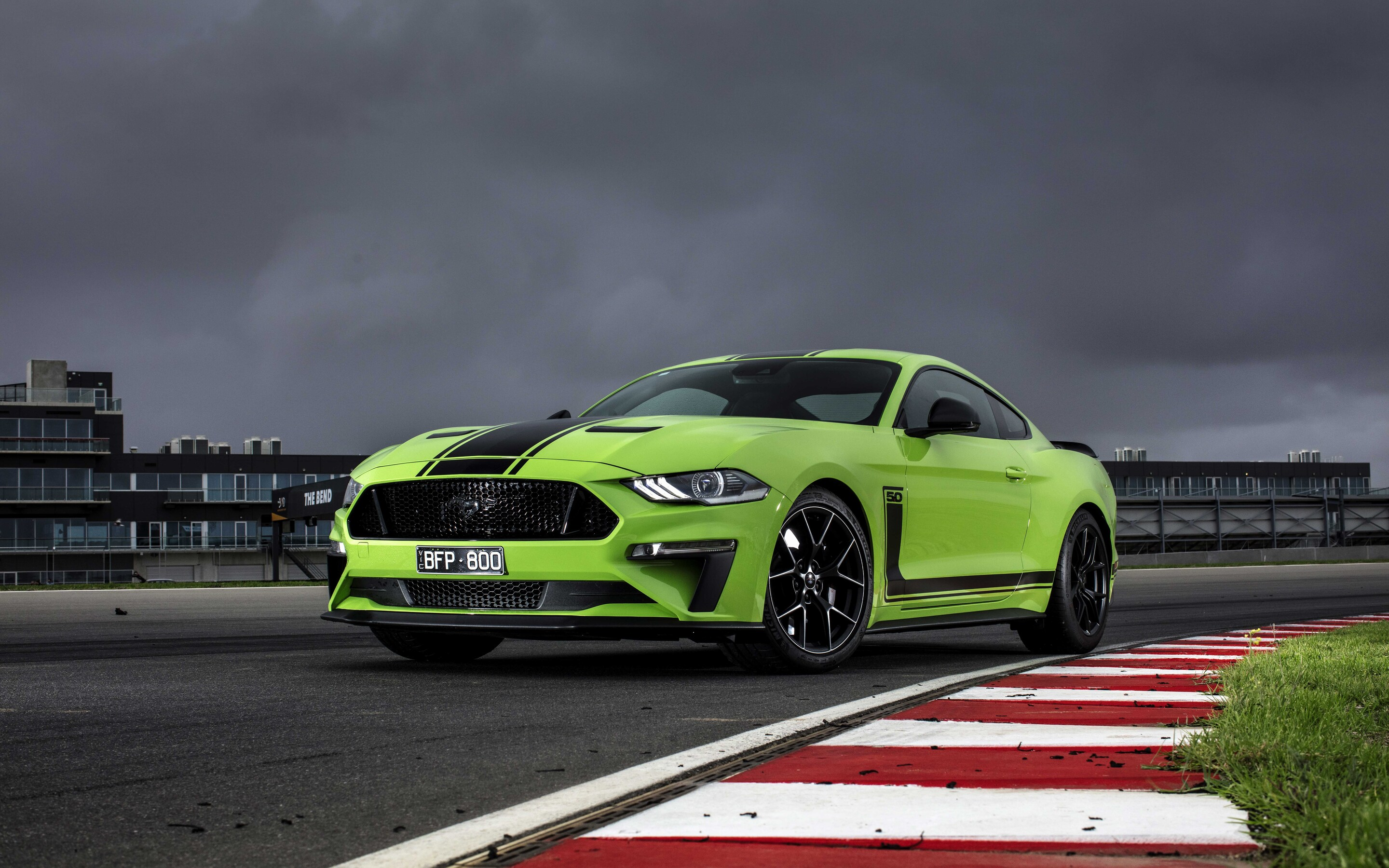 2020-ford-mustang-r-spec-a8.jpg