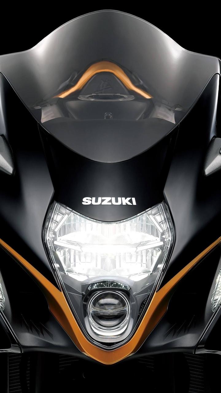 2022-suzuki-hayabusa-front-fu.jpg