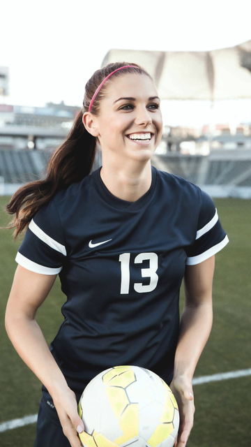 alex-morgan-soccer-player-oo.jpg
