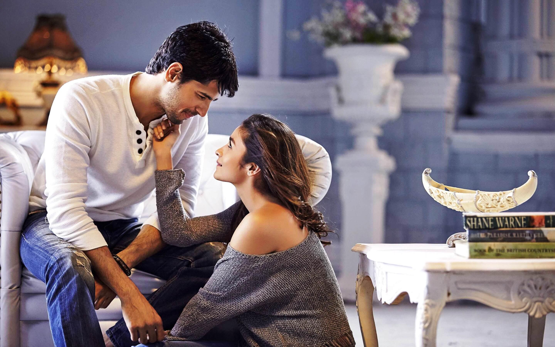 alia-bhatt-and-sidharth-malhotra-ad.jpg