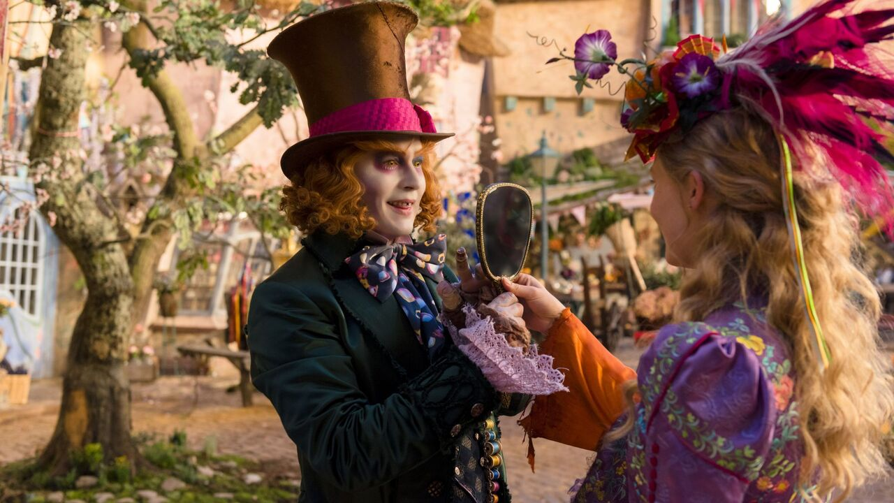 alice-through-the-looking-glass-movie-4k.jpg