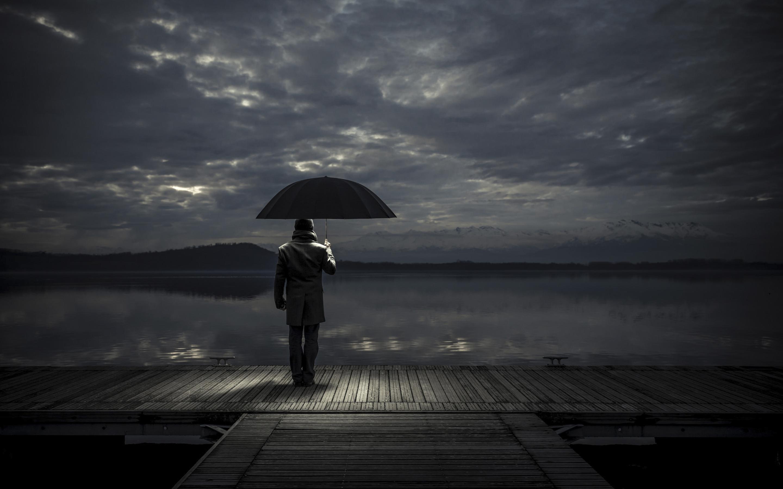 2880x1800 alone man with umbrella macbook pro retina hd 4k
