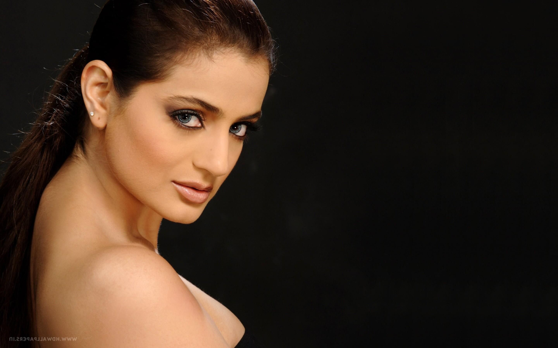 Ameesha Patel 2016 2880x1800 ameesha patel 2 macbook pro retina hd 4k