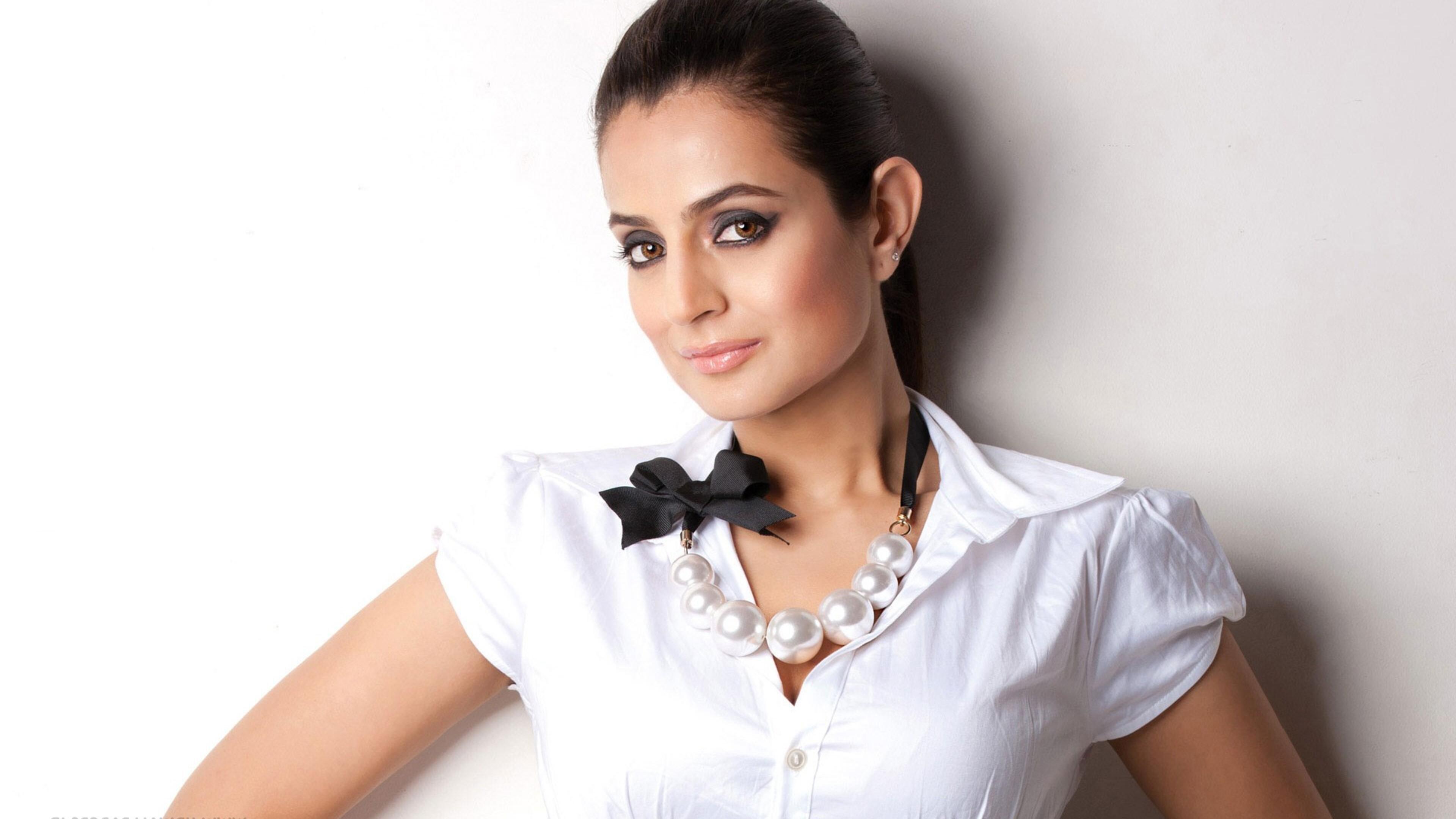 Ameesha Patel 2016 3840x2160 ameesha patel 4k hd 4k wallpapers, images