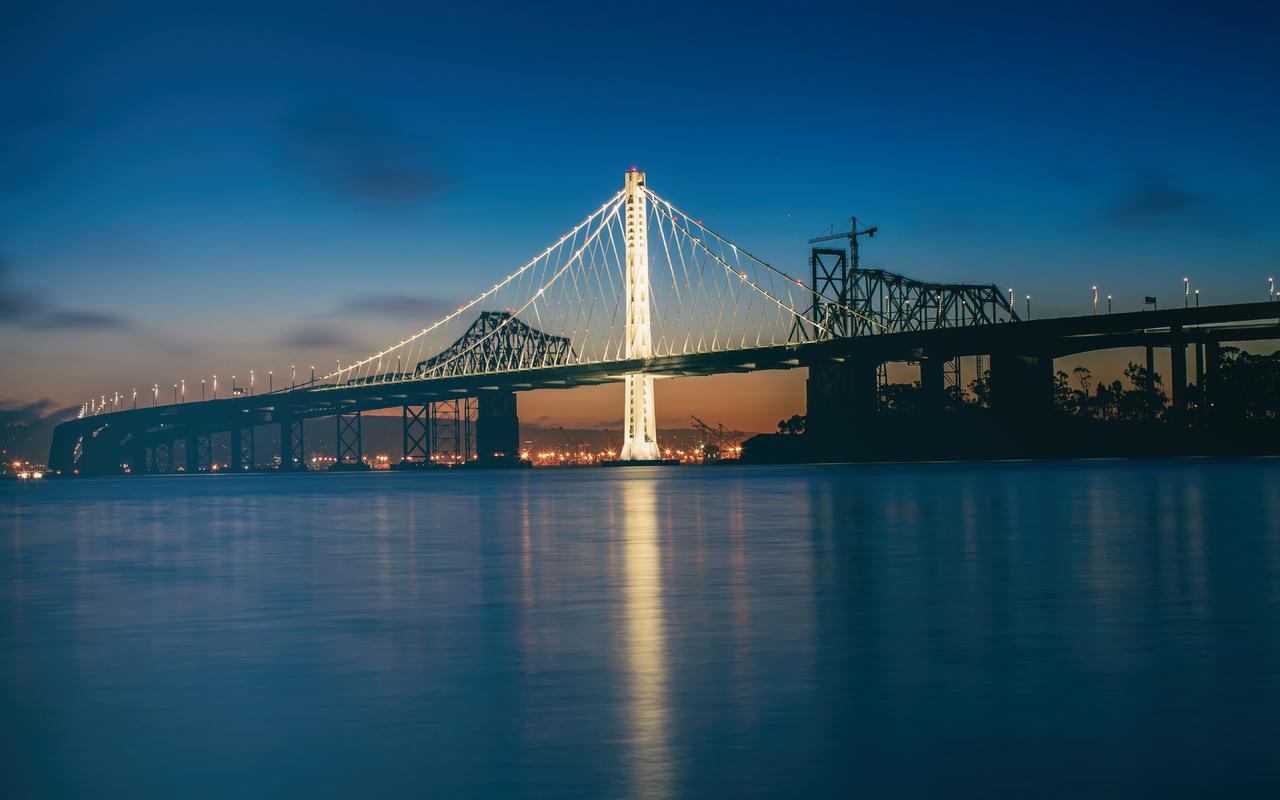 america-bay-bridge-5k-yx.jpg