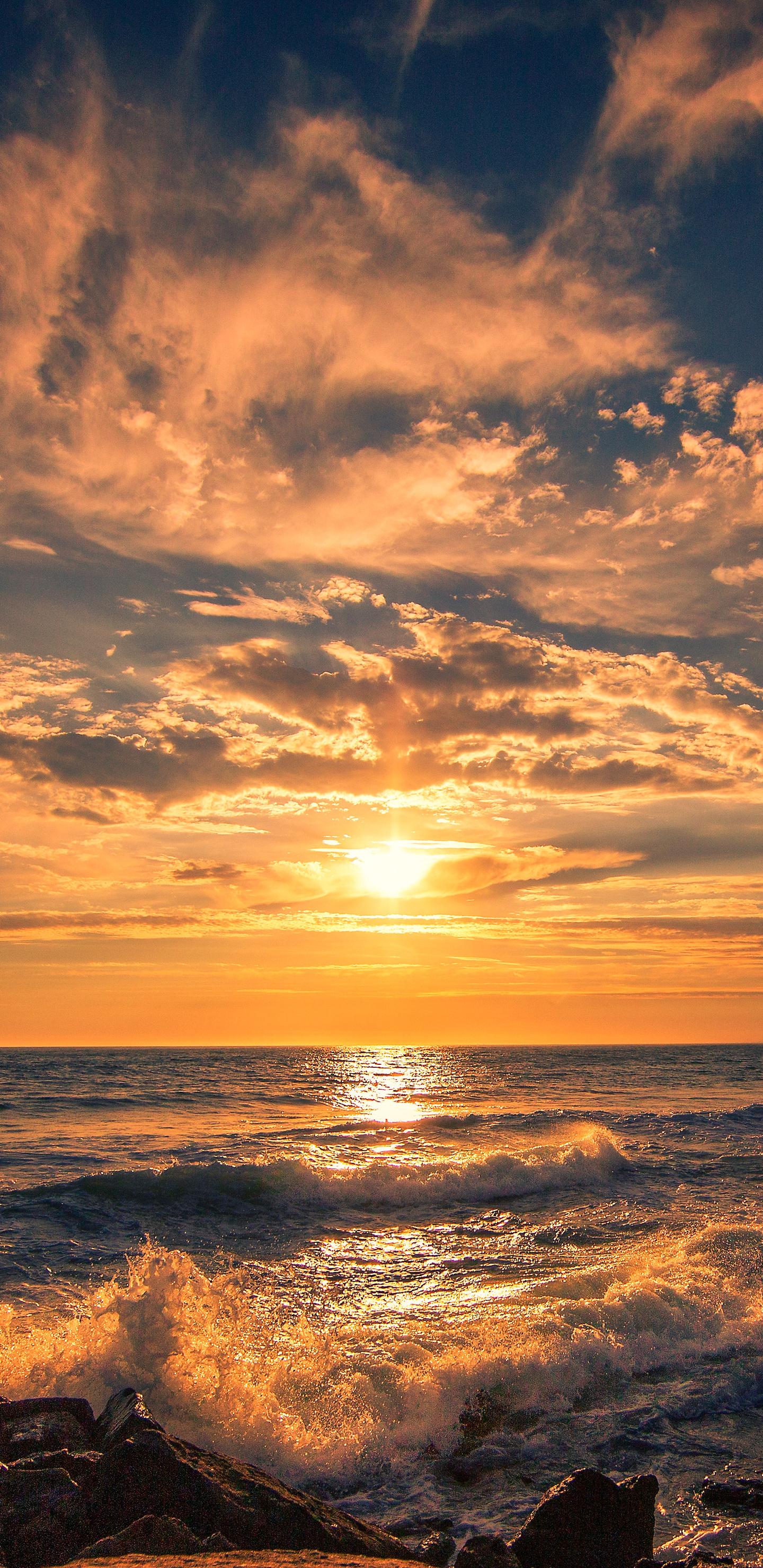 american-coastline-ocean-beach-5k-p9.jpg