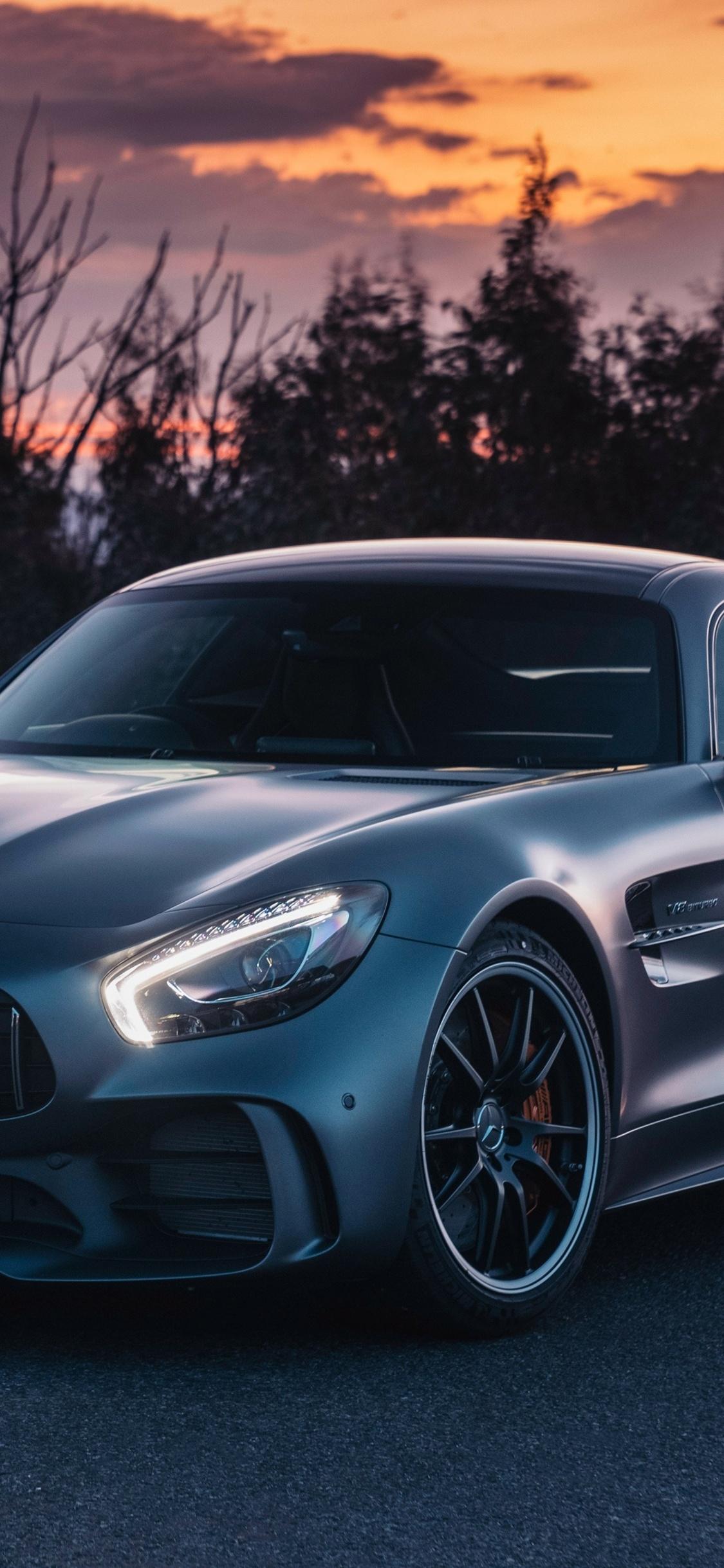 1125x2436 Amg Gtr Mercedes Benz 2018 Iphone Xs Iphone 10