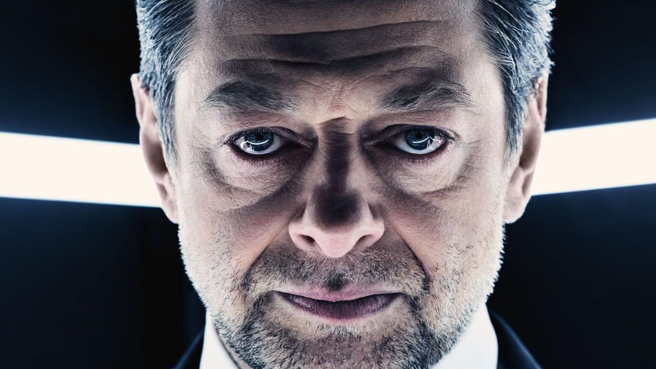 andy-serkis-as-supreme-leader-snoke-in-british-vogue-2017-ut.jpg