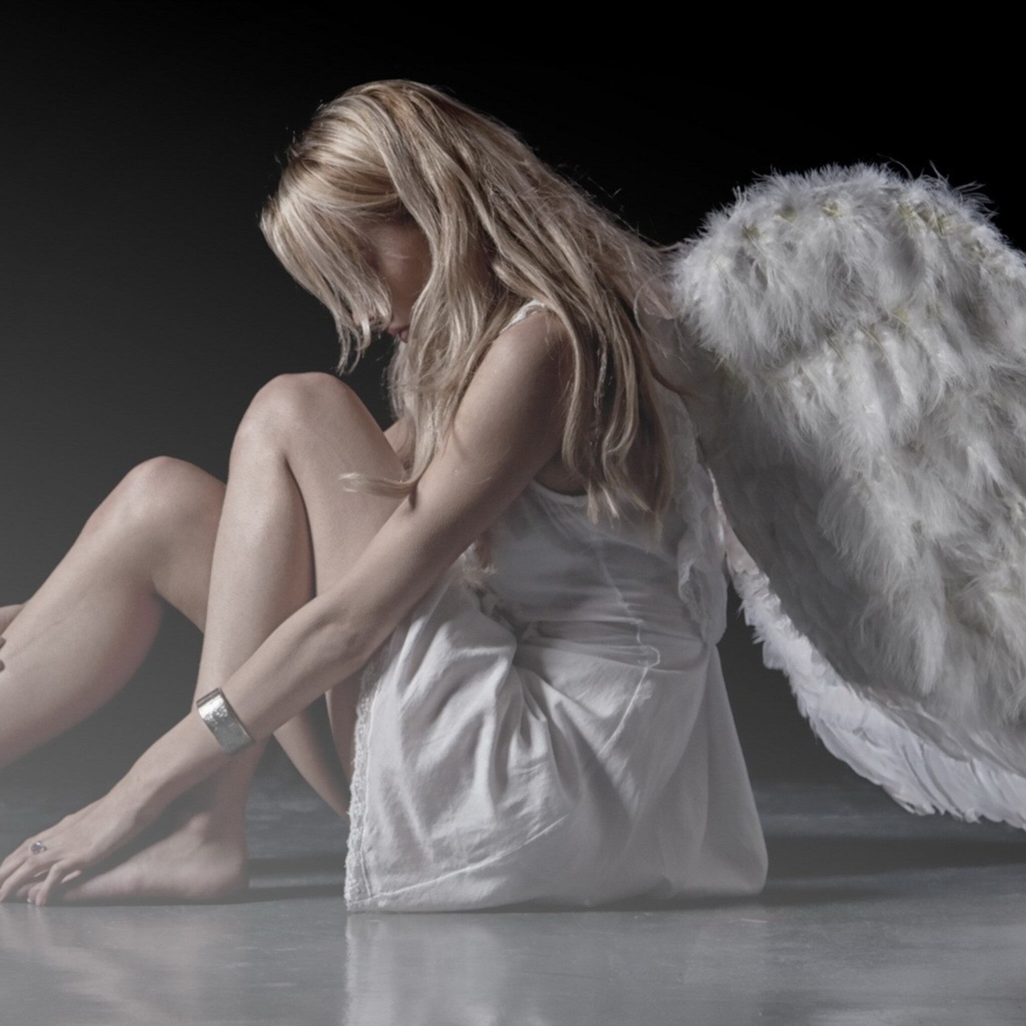 2048x2048 angel girl ipad air hd 4k wallpapers images - Angel girl wallpaper ...