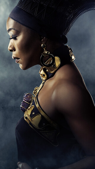 angela-bassett-in-black-panther-poster-5k-cu.jpg