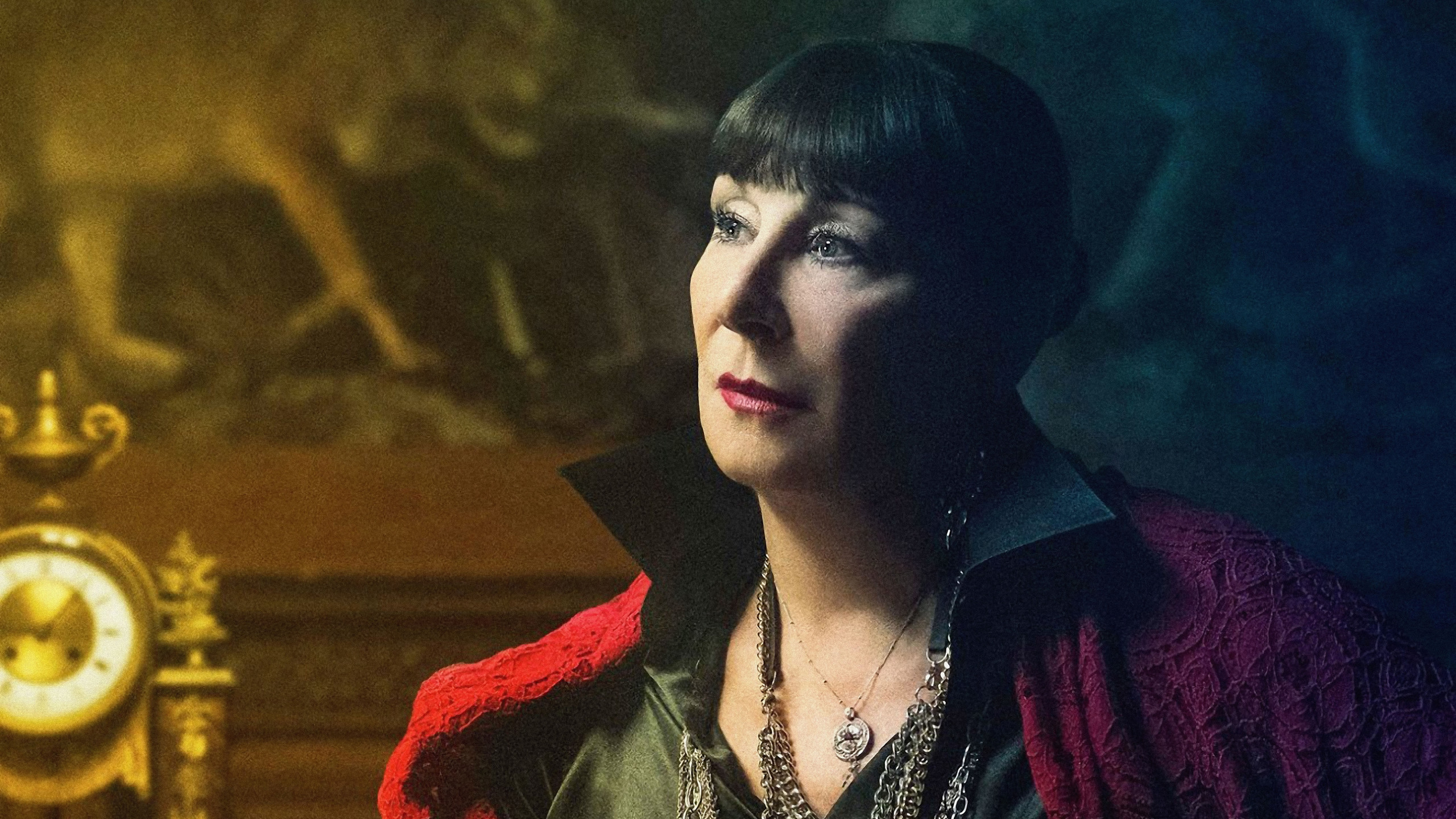 anjelica-huston-as-the-director-in-john-wick-chapter-3-parabellum-2019-8k-88.jpg