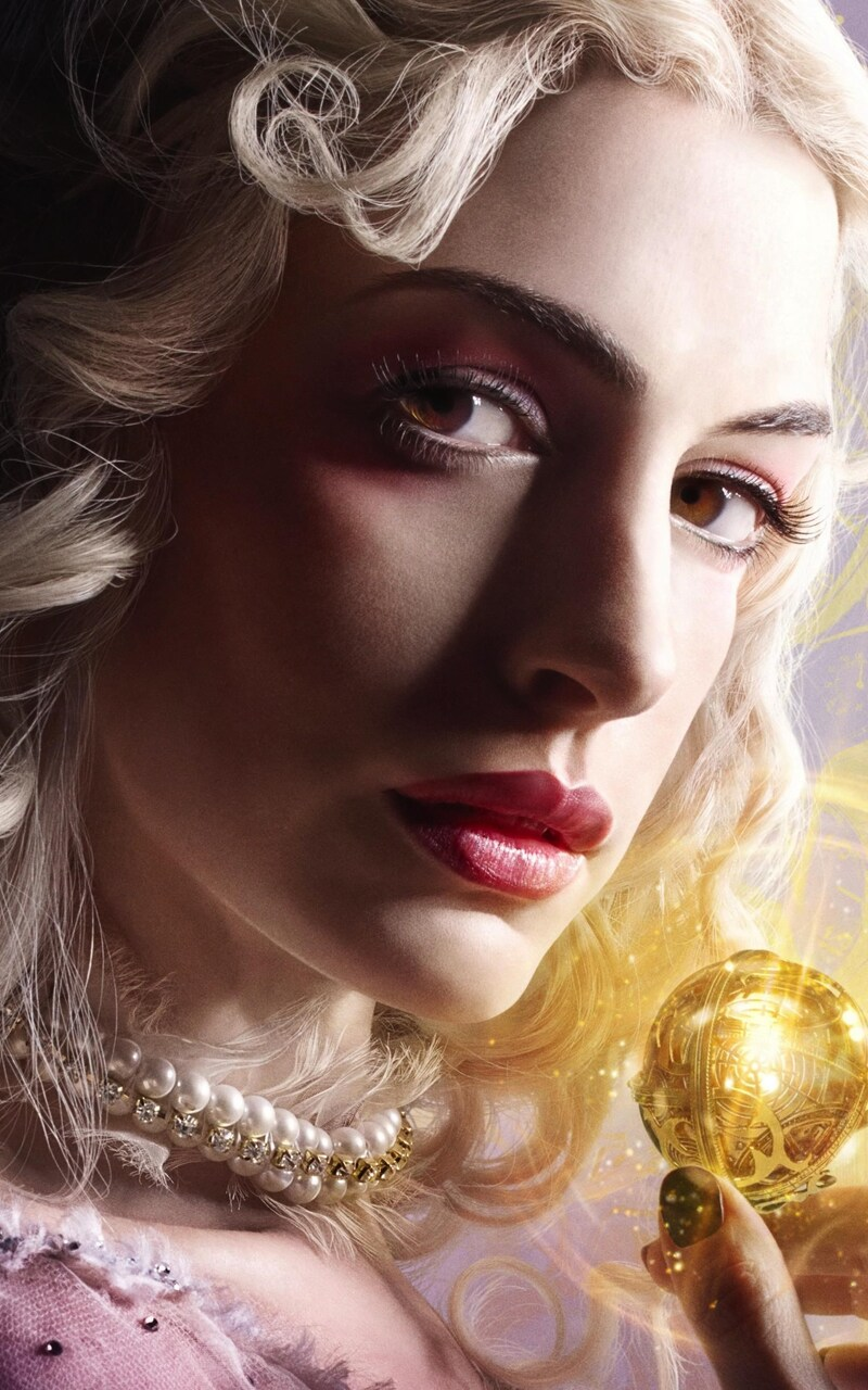 anne-hathaway-alice-through-the-looking-glass.jpg