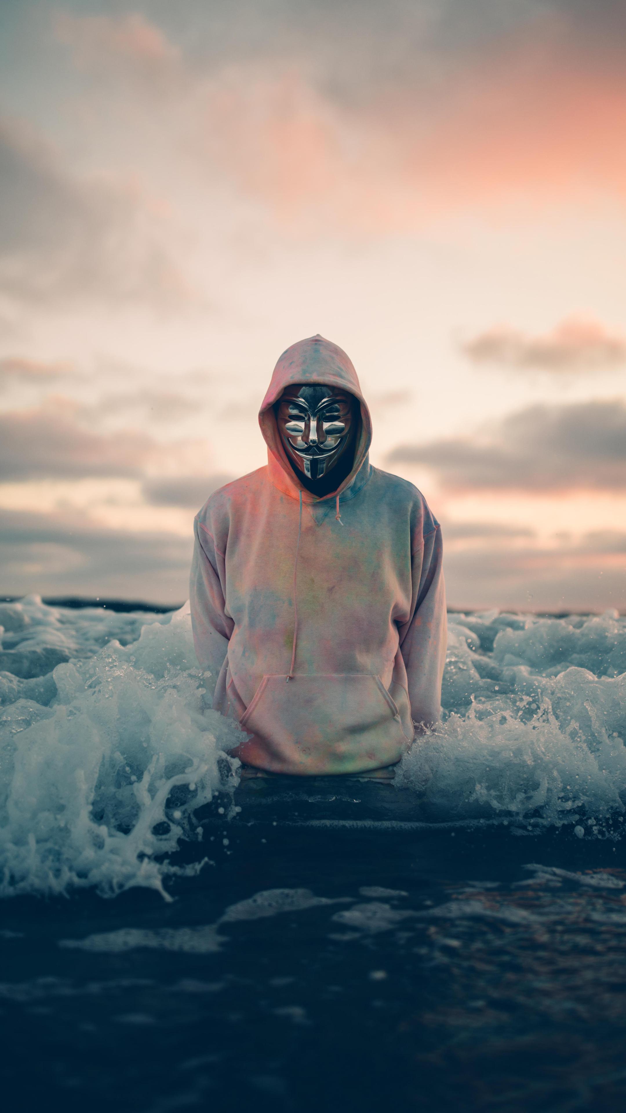 anonymous-rh.jpg