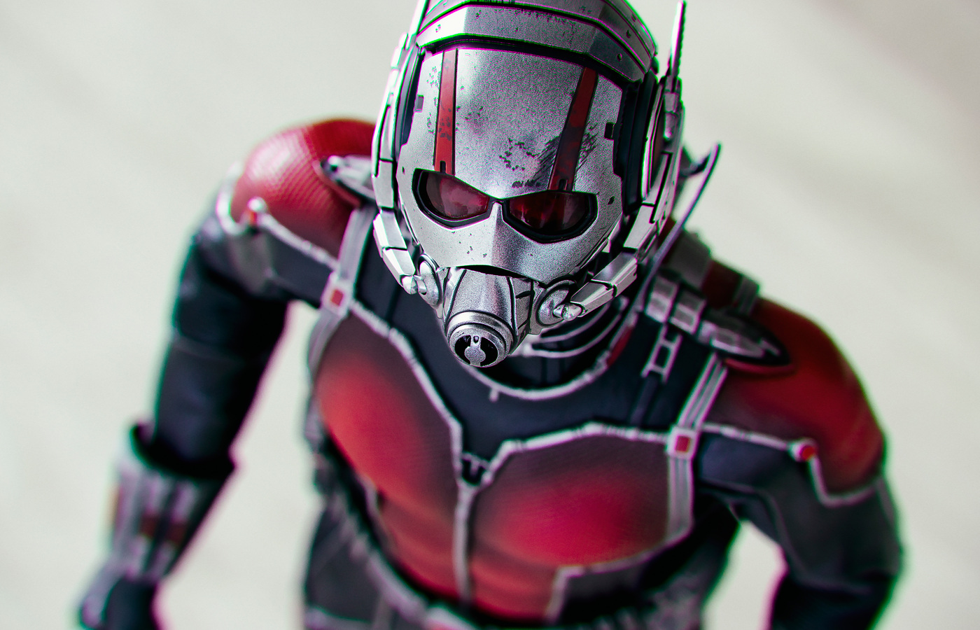 ant-man-a-soldier-size-of-an-insect-4v.jpg