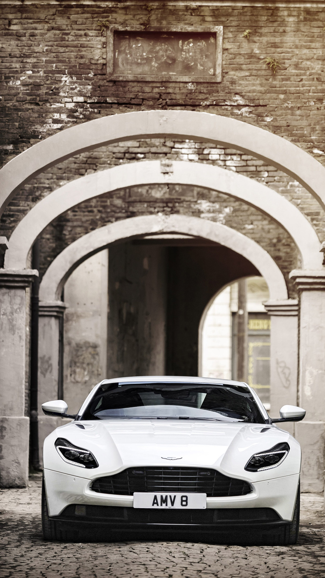 aston martin db11 iphone 7
