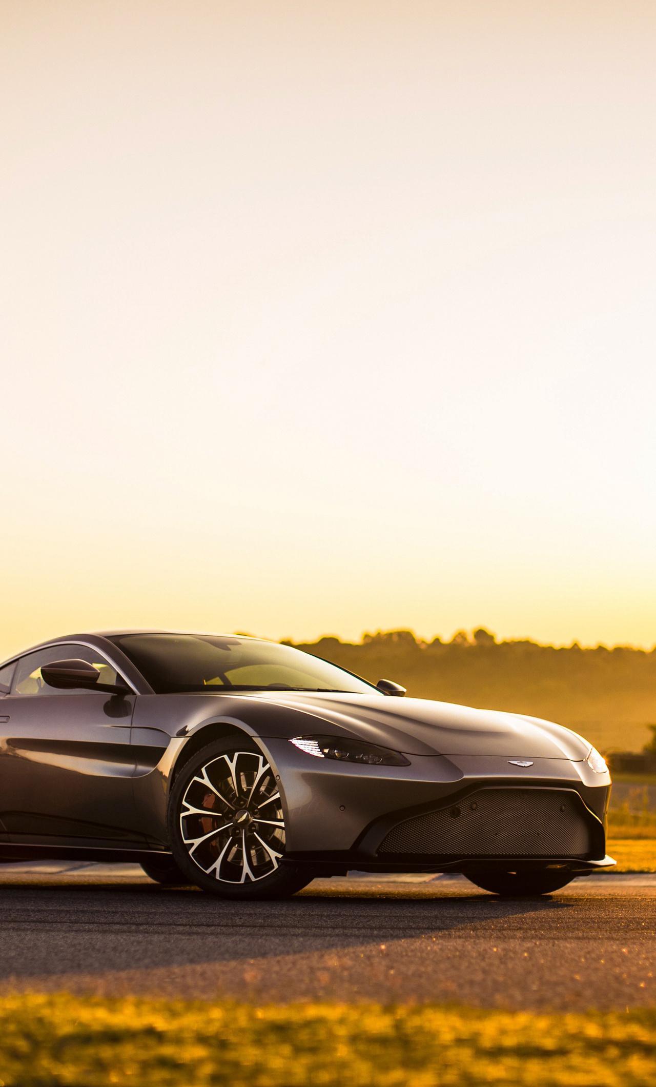 1280x2120 Aston Martin Vantage 2018 Iphone 6 Hd 4k Wallpapers
