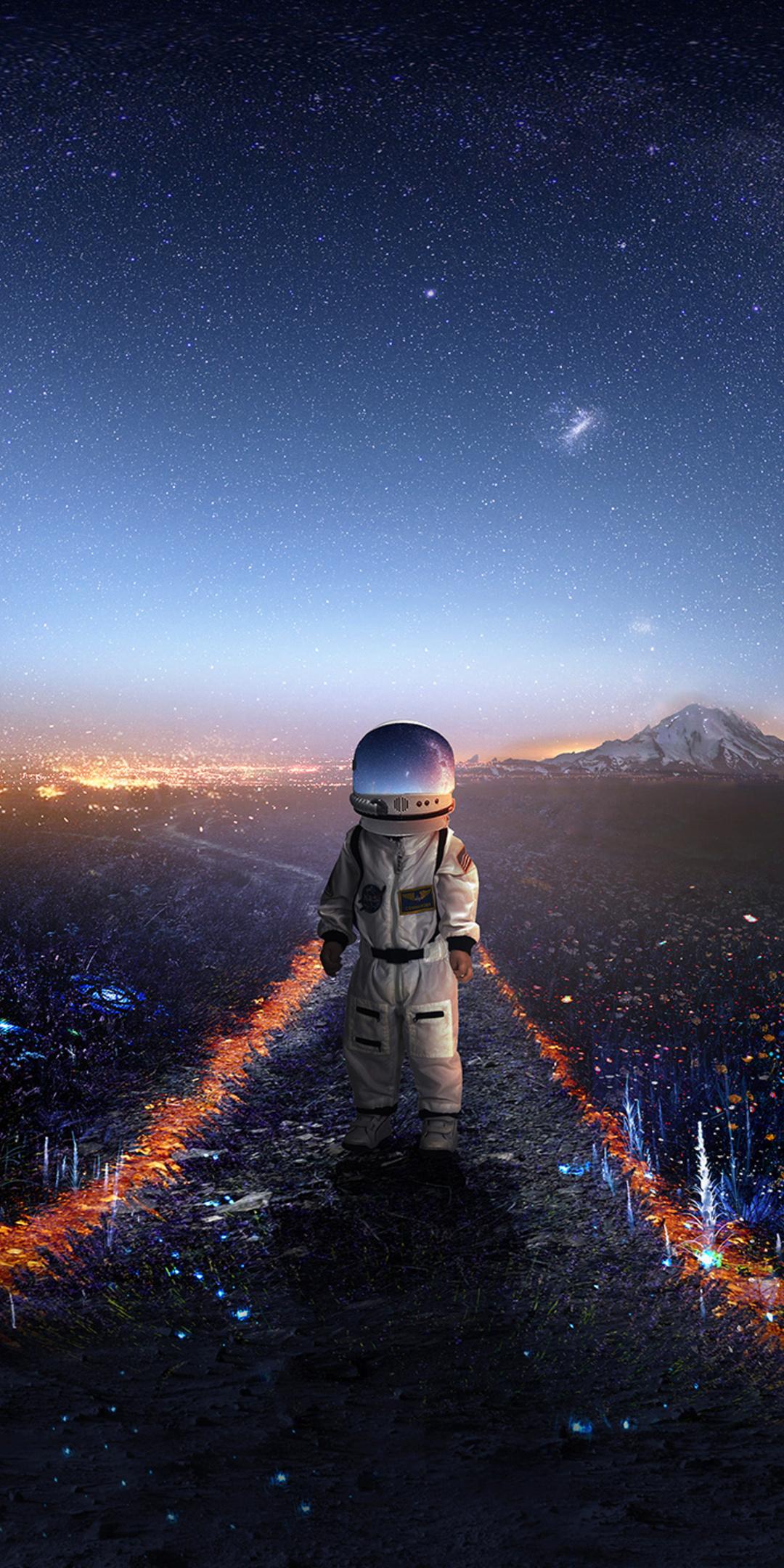 astronaut-creative-artwork-deviantart-zq.jpg