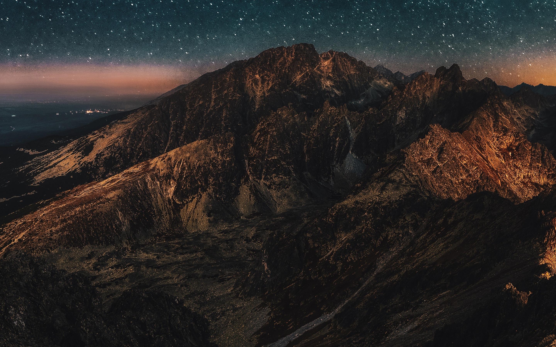 astronomy-mountains-zv.jpg