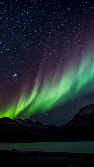 aurora-borealis-beautiful-5k-t5.jpg