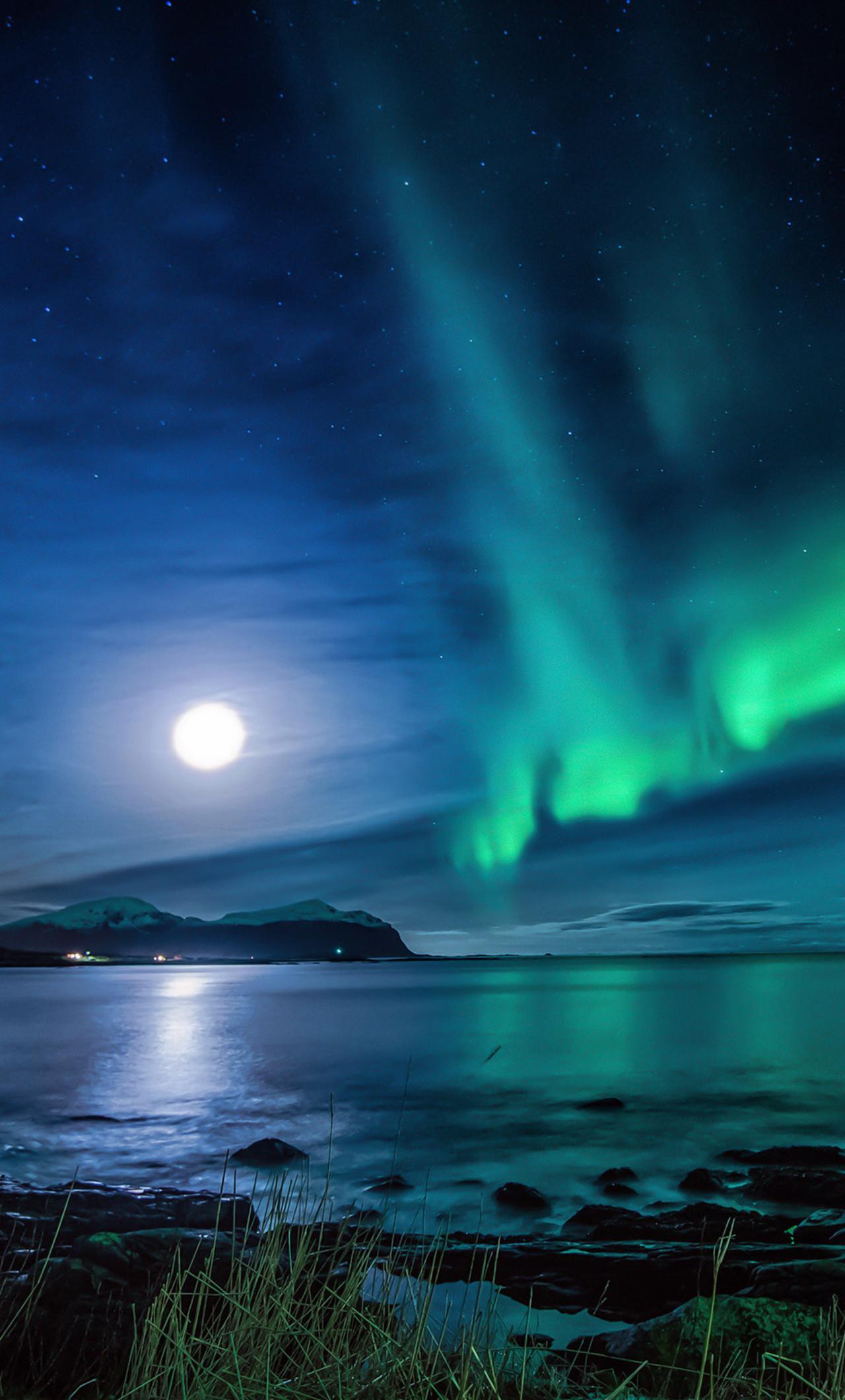 1280x2120 Aurora Borealis Moon Night IPhone 6+ HD 4k