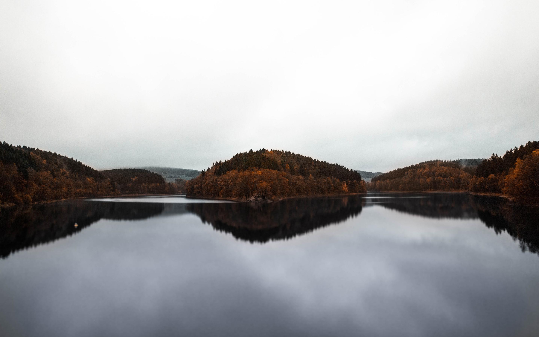 2880x1800 Autumn Forest Lake View 4k Macbook Pro Retina Hd