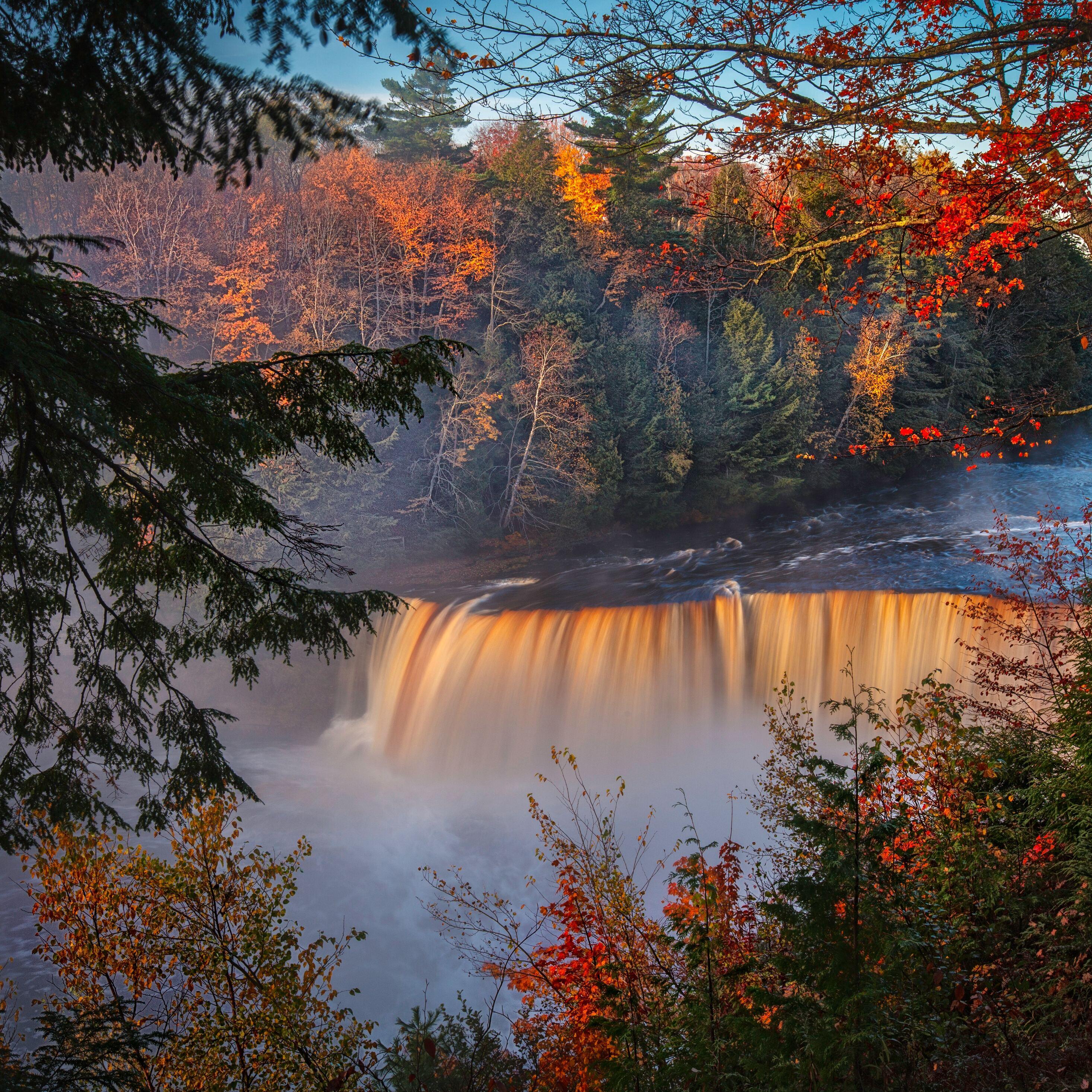 autumn-waterfall-forest-fall-5k-gu.jpg