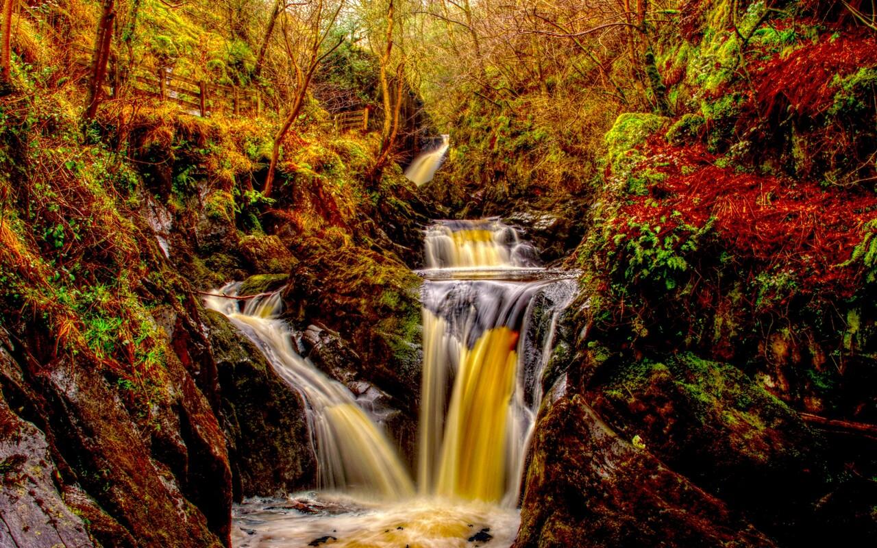 autumn-waterfall-image.jpg