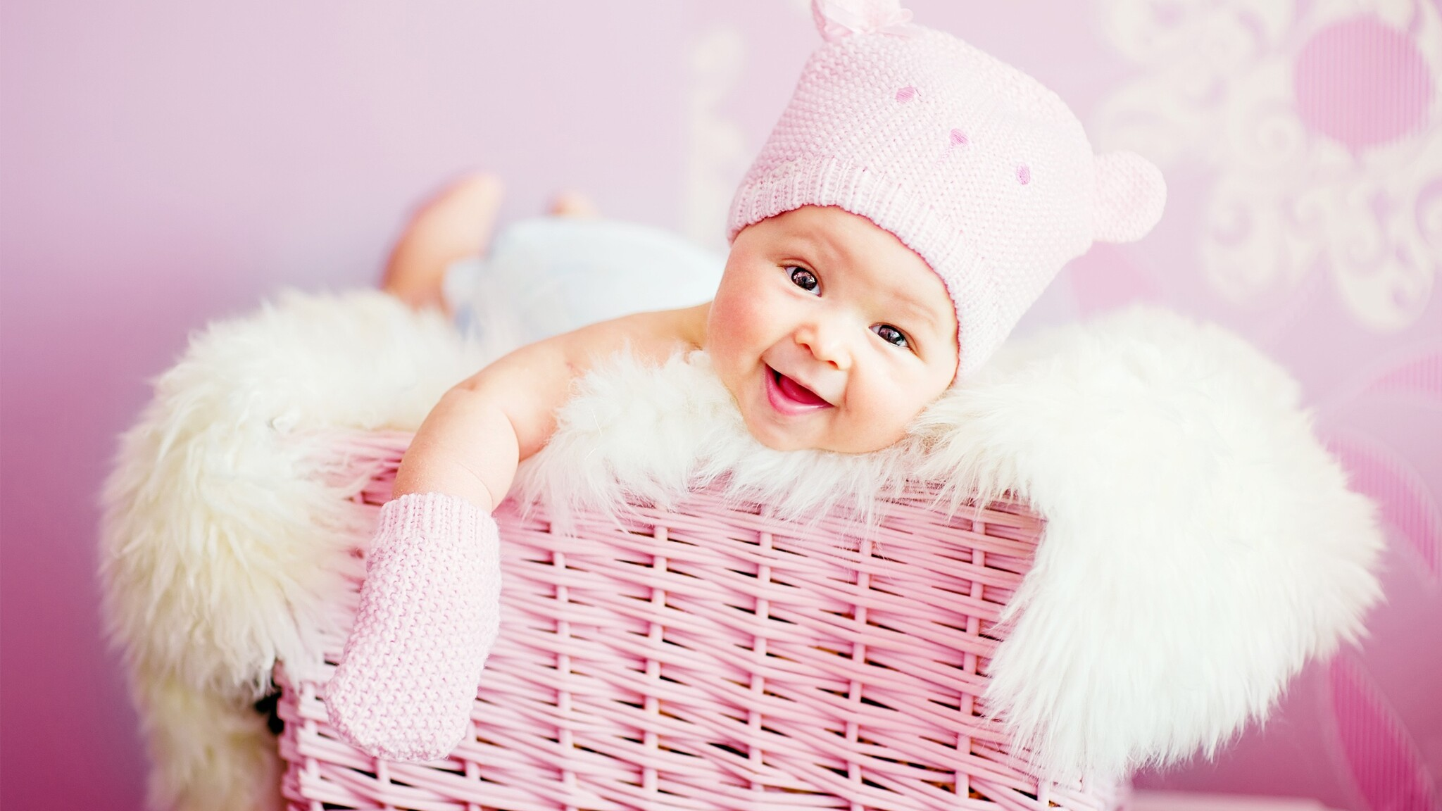 Laughing Baby Wallpapers