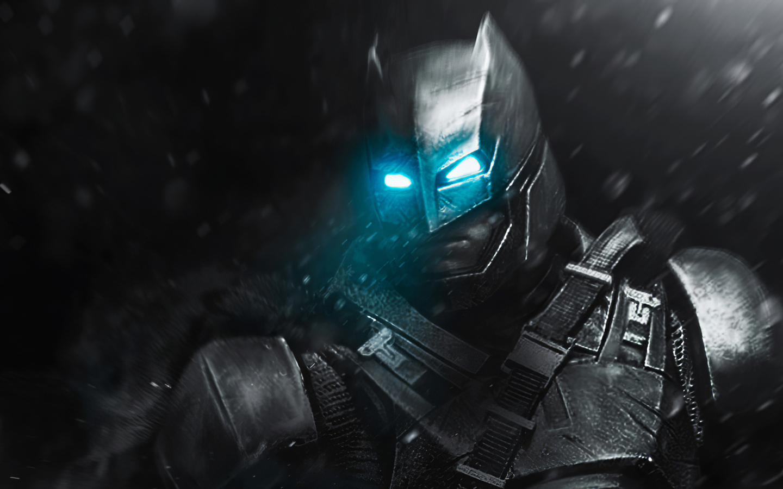 batman-blue-eyes-4k-qh.jpg