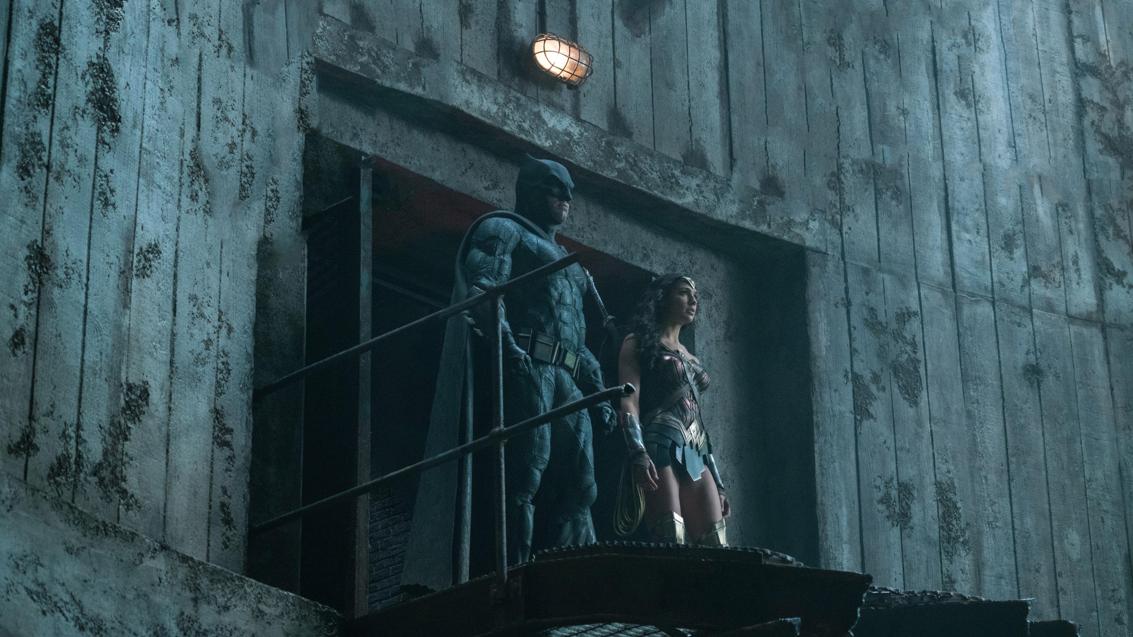 batman-wonder-woman-justice-league-2017-67.jpg