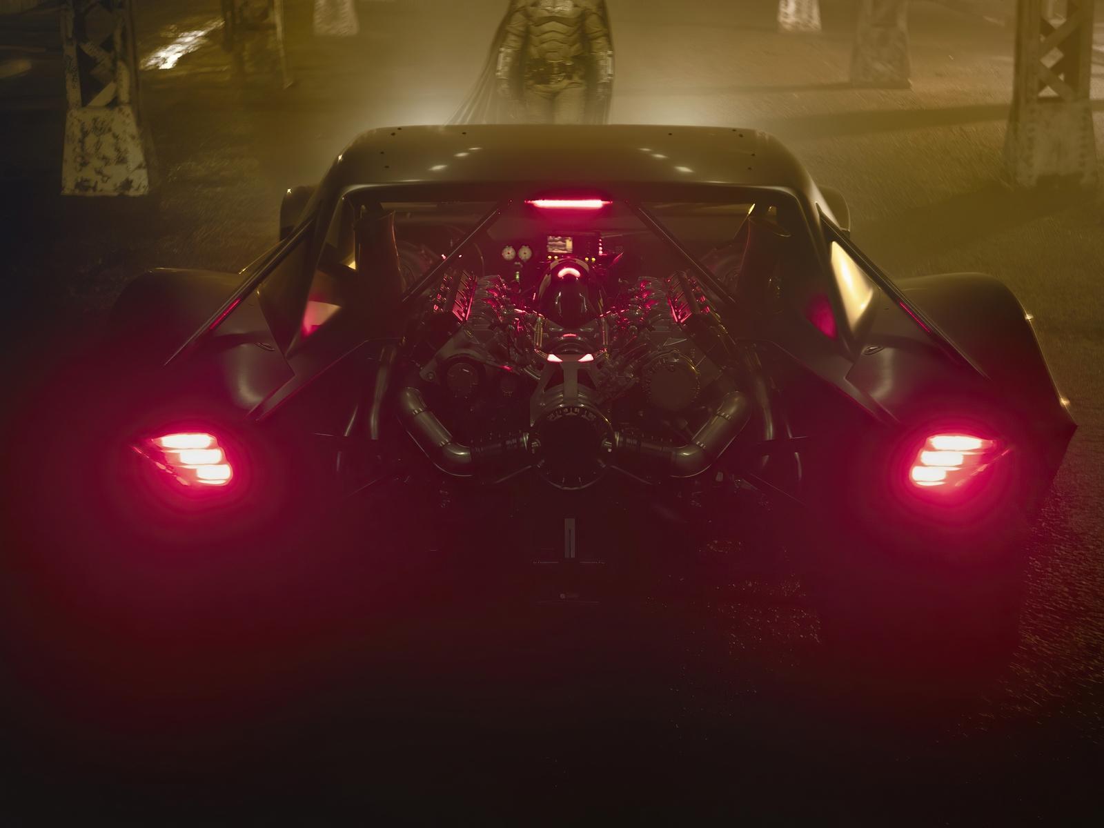 batmobile-rear-gn.jpg