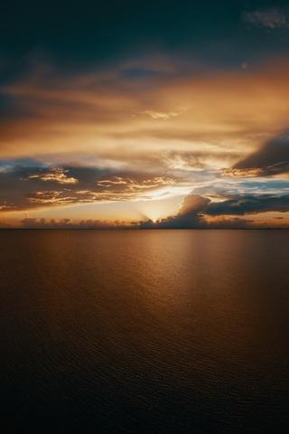 beach-clouds-seascape-horizon-10k-tx.jpg