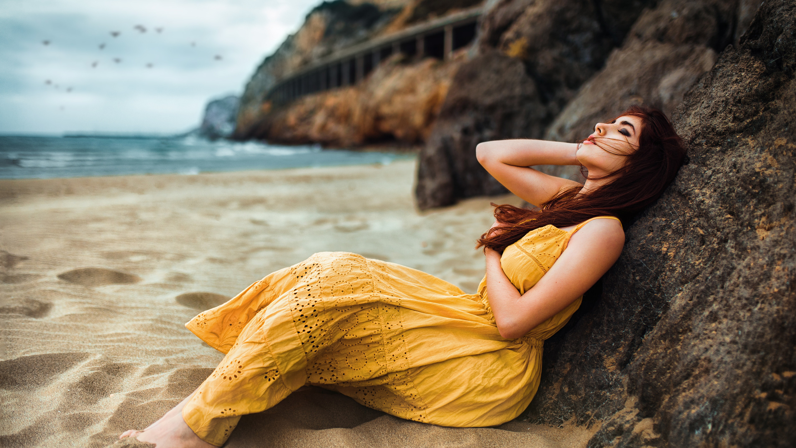 beach-girl-long-hair-relaxing-5k-il.jpg