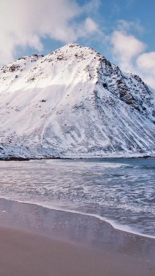 beach-winter-calm-5k-ap.jpg